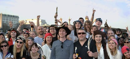 Christmas Boat Party London.Office Party Cruises In London Corporate Boat Hire Thames